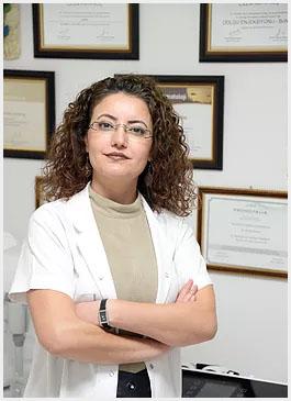 Dermatoloji ve Kozmetoloji Uzmanı Dr. Çilem Kaya Koç, İzmir